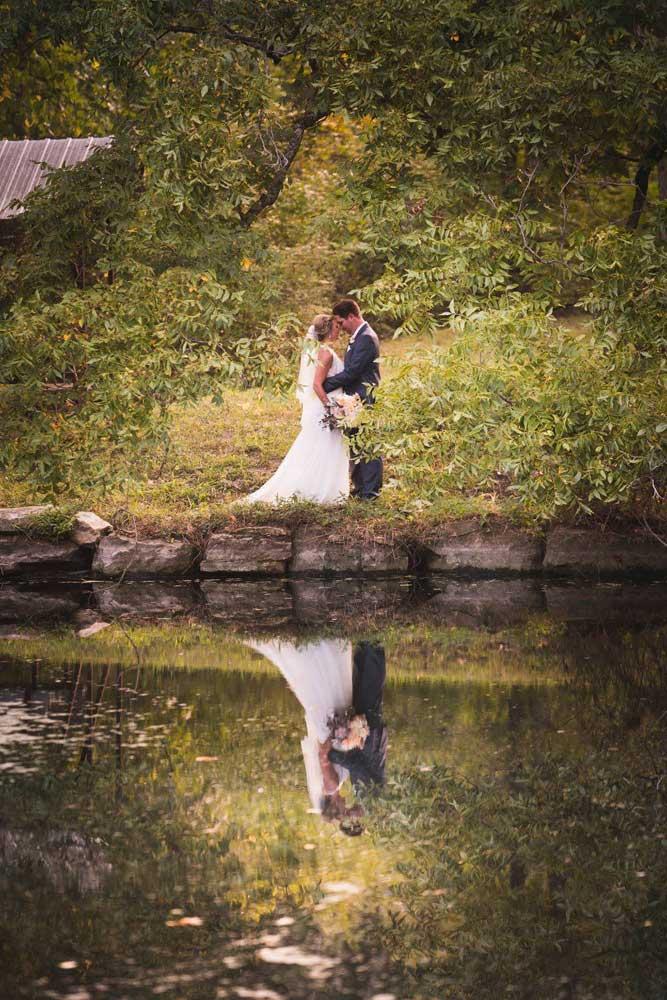 A Shockingly Fun St. Louis Wedding